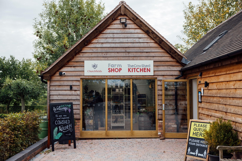 4G1A1090 farm shop
